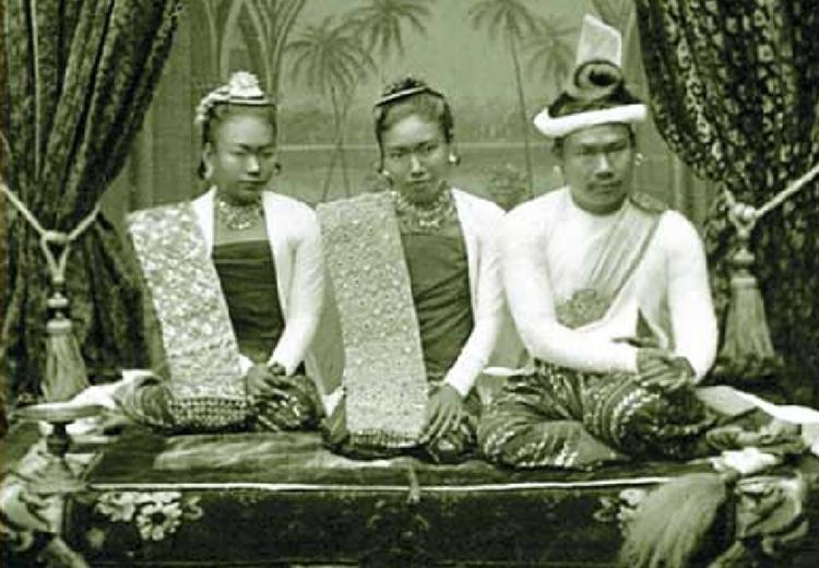 พระเจ้าธีบอแห่งราชวงศ์คองบอง