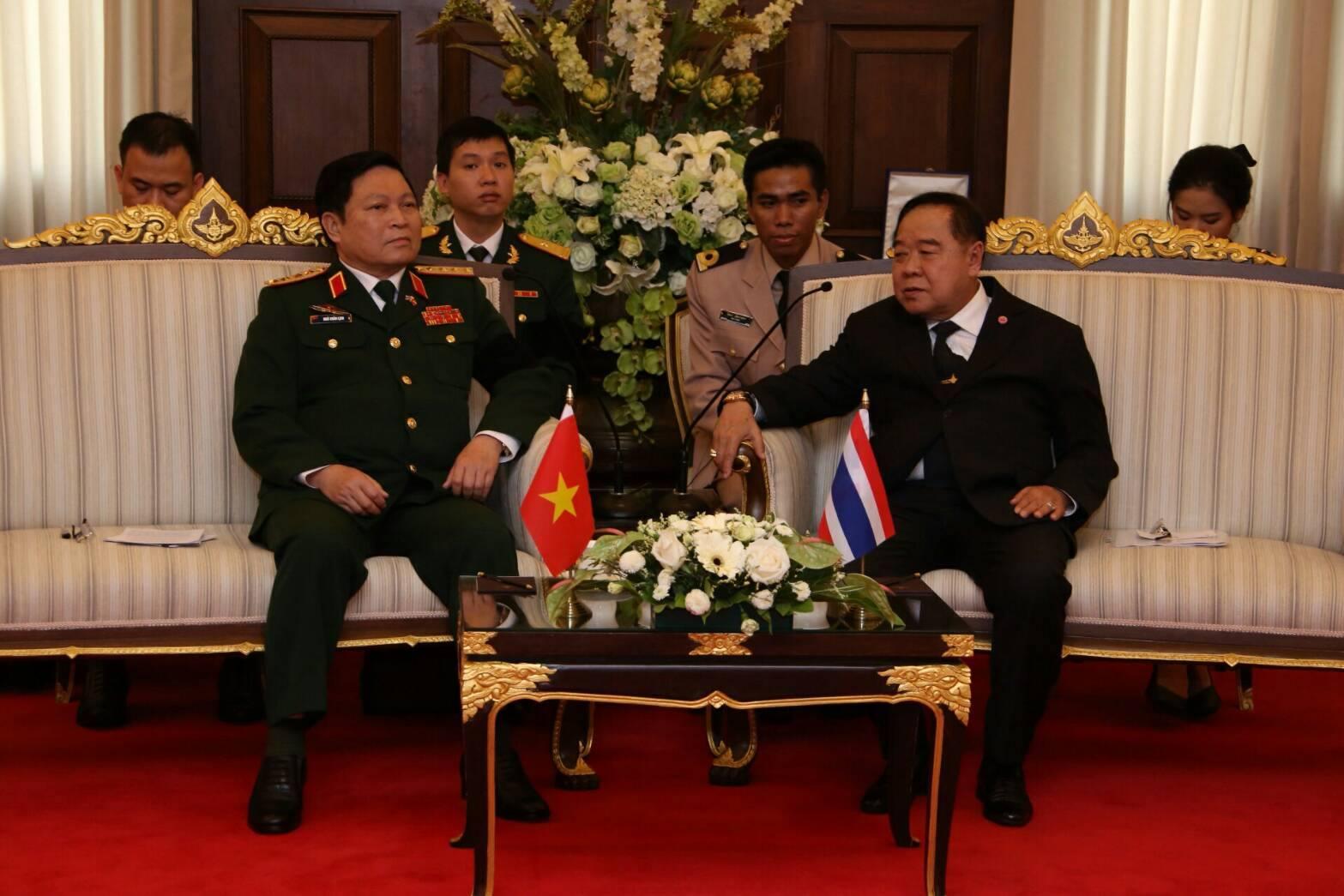 รัฐมนตรีว่าการกระทรวงกลาโหม สาธารณรัฐสังคมนิยมเวียดนาม และคณะ เข้าเยี่ยมคำนับ รองนายกรัฐมนตรี และรัฐมนตรีว่าการกระทรวงกลาโหม