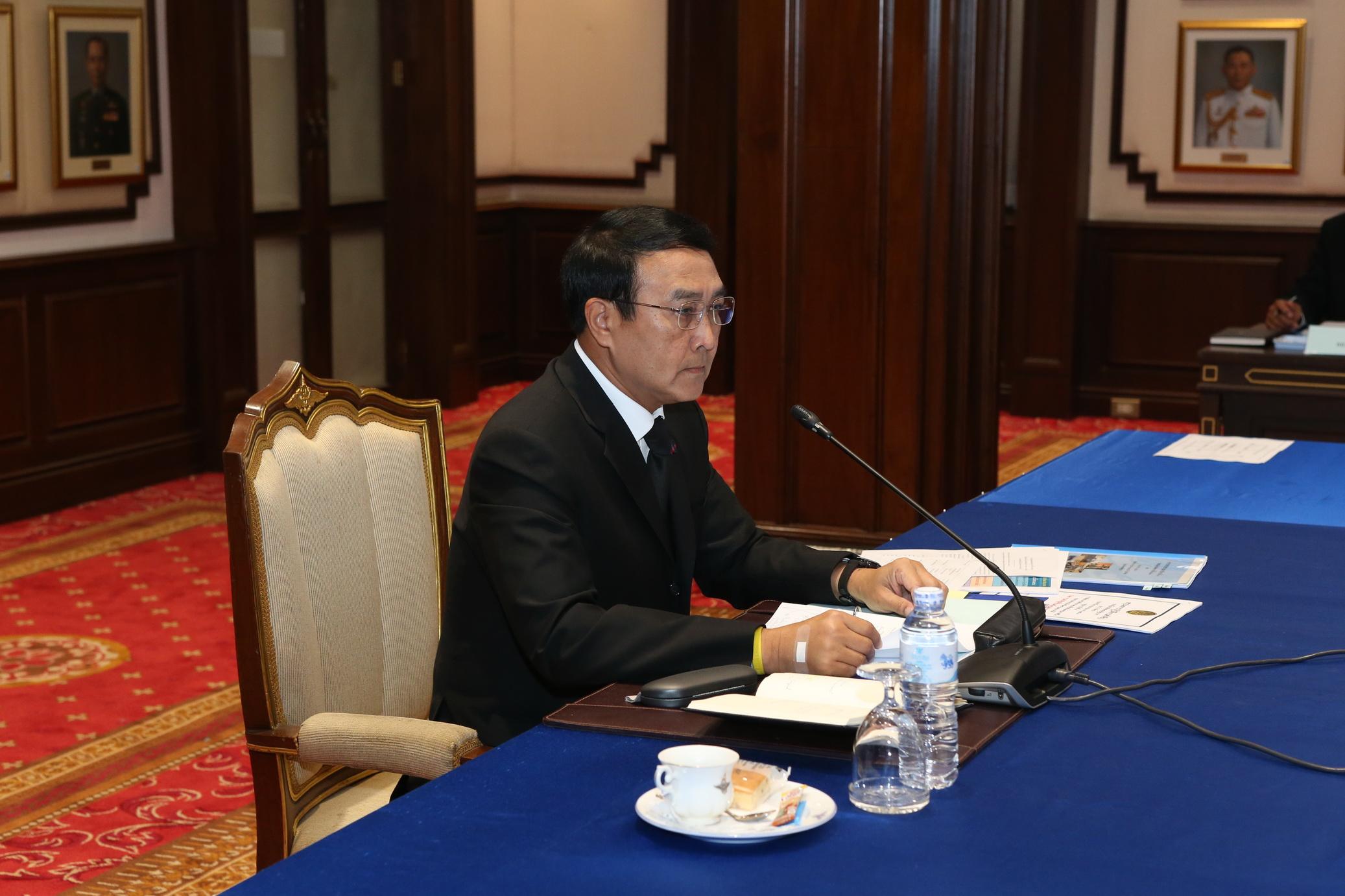 พลเอก อุดมเดช สีตบุตร รัฐมนตรีช่วยว่าการกระทรวงกลาโหม ในฐานะหัวหน้าคณะผู้แทนพิเศษ ของรัฐบาล แก้ไขปัญหาจังหวัดชายแดนภาคใต้ เป็นประธาน ประชุมผู้แทนพิเศษ ครั้งที่ 2