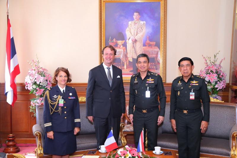ปลัดกระทรวงกลาโหม ให้การต้อนรับเอกอัครราชทูตฝรั่งเศสประจำประเทศไทย
