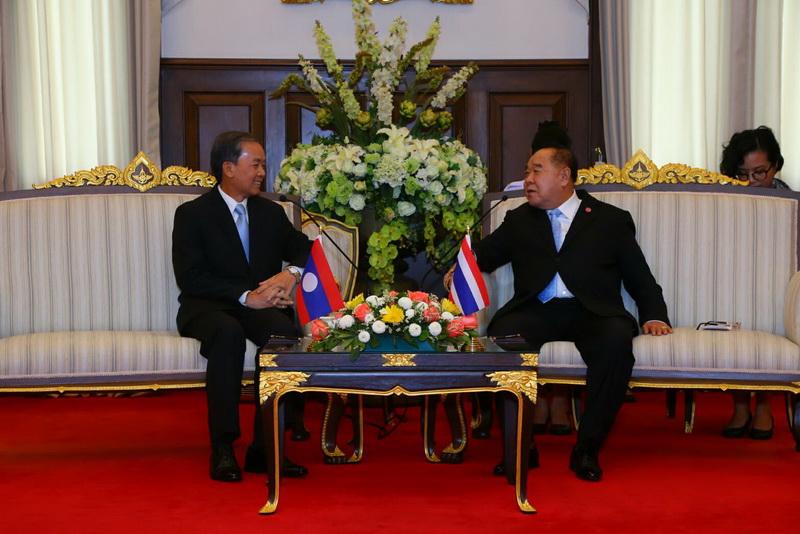 รองนายกรัฐมนตรีและรัฐมนตรีว่าการกระทรวงกลาโหม ให้การต้อนรับการเยี่ยมคำนับของ เอกอัครราชทูตสาธารณรัฐประชาธิปไตยประชาชนลาวประจำประเทศไทย