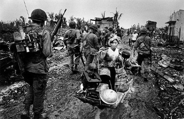 """""""การฝึกร่วมขนาดใหญ่ระหว่างสหรัฐอเมริกา กับ เกาหลีใต้ : การฝึกที่เหมือนทุ่งบุปผาชาติแสนงดงามของเกาหลีใต้ แต่เป็นดงหนามอาบยาพิษที่ขวางกั้นการรวมชาติด้วยกำลังของเกาหลีเหนือ"""" (ตอนที่ ๑) Ulchi Freedom Guardian (UFG), Foal Eagle and Key Resolve Exercise"""