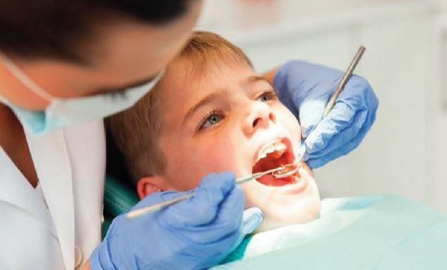 """""""รากฟันติดเชื้อ ส่งผลอะไรต่อร่างกาย"""""""