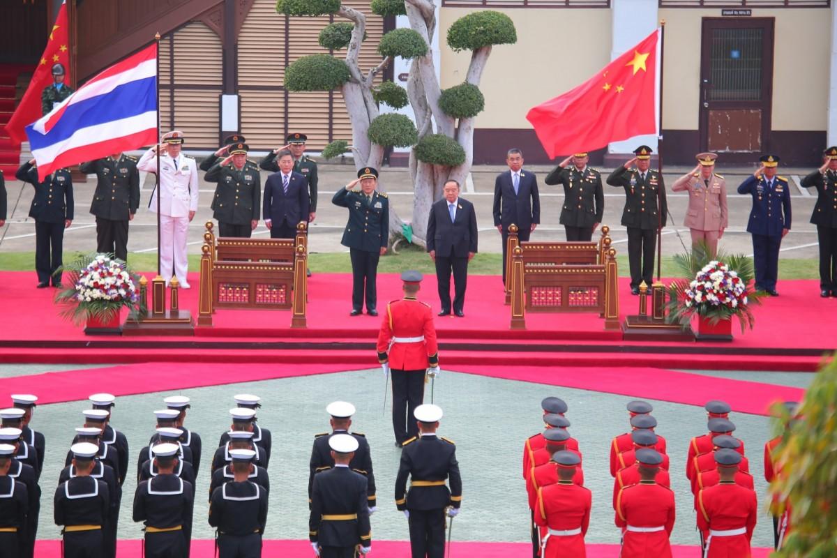 รมว.กห.สาธารณรัฐประชาชนจีน เข้าเยี่ยมคำนับ รอง นรม. ในโอกาสเดินทางเยือนไทยอย่างเป็นทางการ